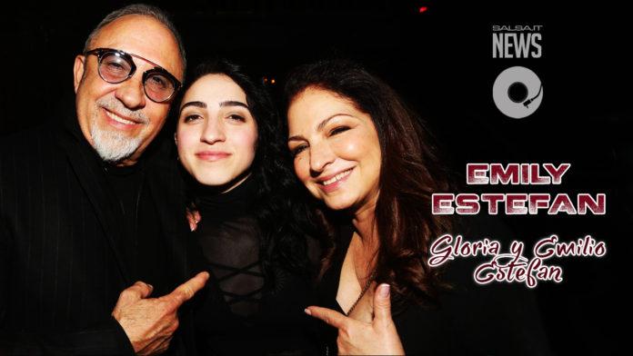 Emily, la figlia di Gloria ed Emilio Estefan (una performance da Standing Ovation)